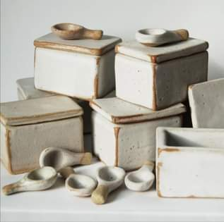 CERAMIC SALT BOX
