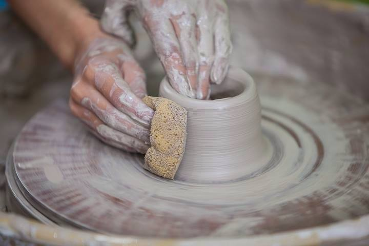 BELFAST'S GREAT POTTERY THROW DOWN  9th February 2020