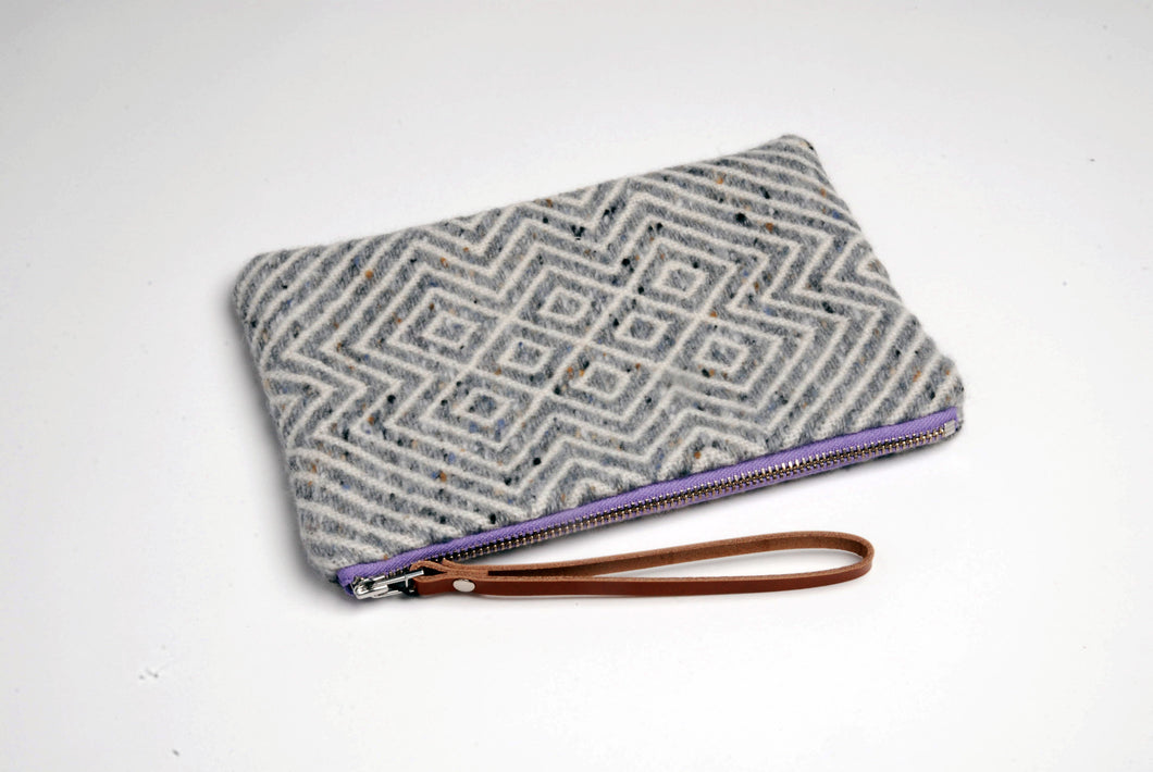 HANDWOVEN POUCH with Mourne Heather zip