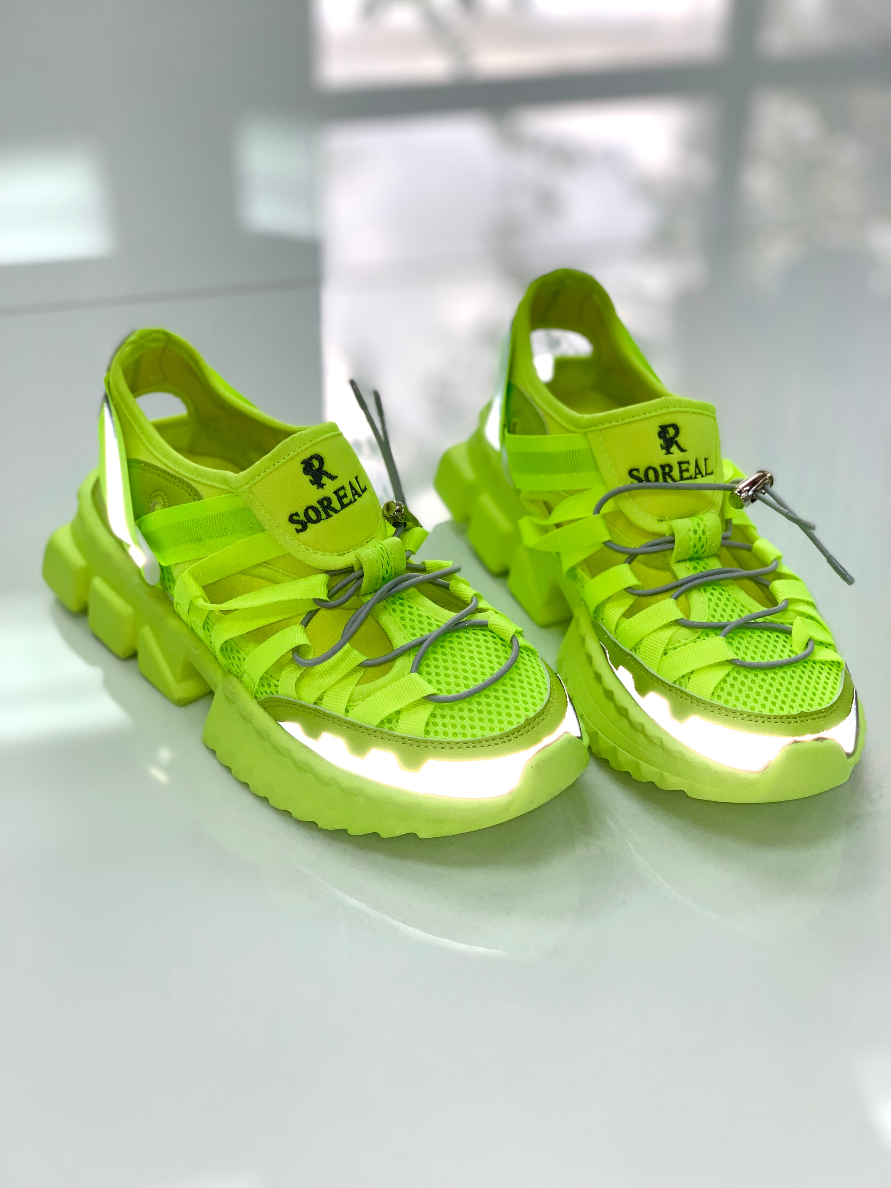 Maze Runners - Lime Green - SHOP SO REAL