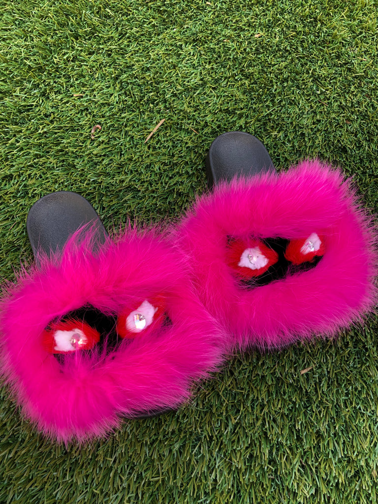Hot Monster Slippers - SHOP SO REAL