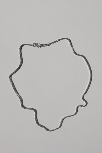Silver Line necklace no1