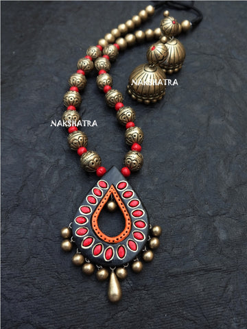 Terracotta Necklace Black drops