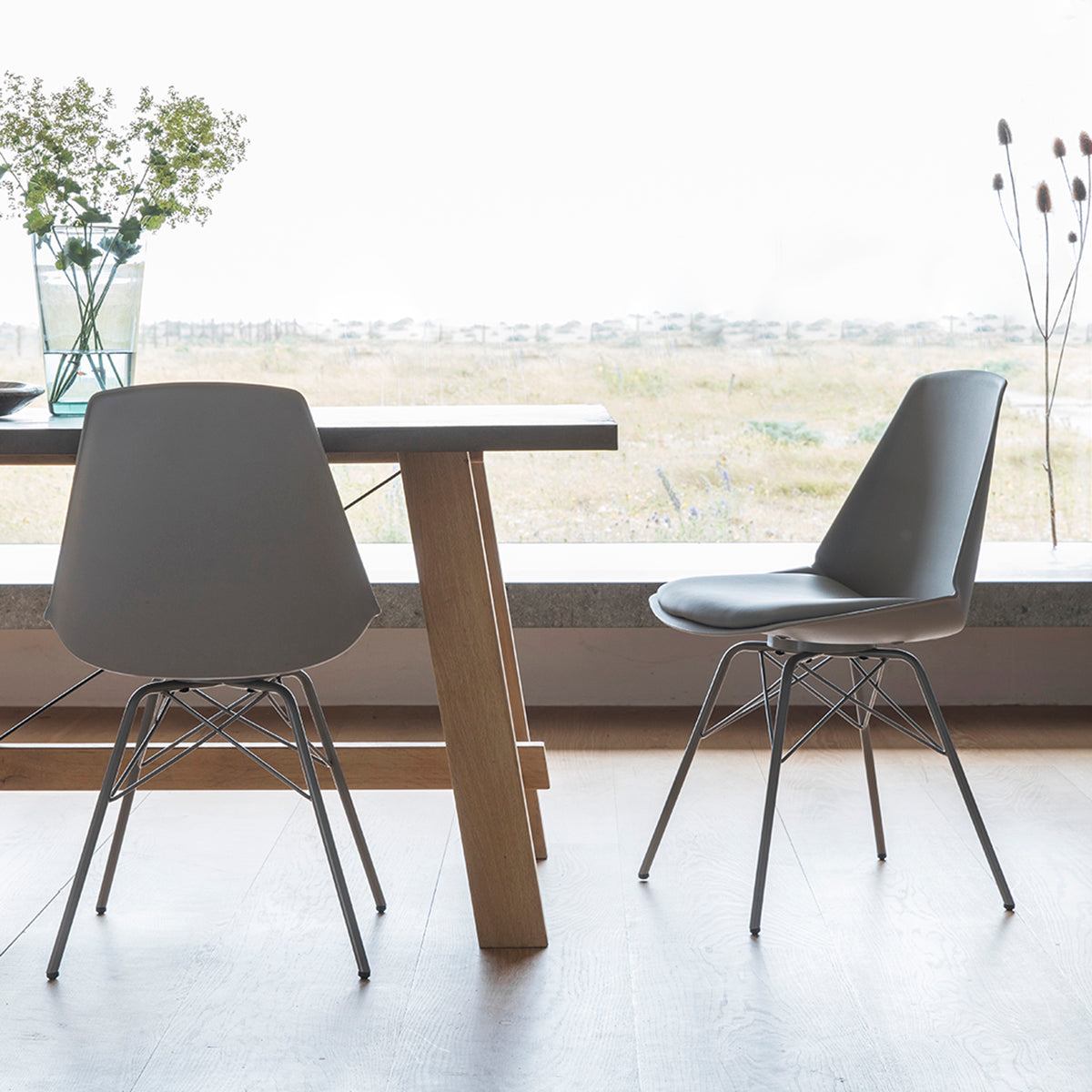 Barnet Chairs in Grey - Ezzo