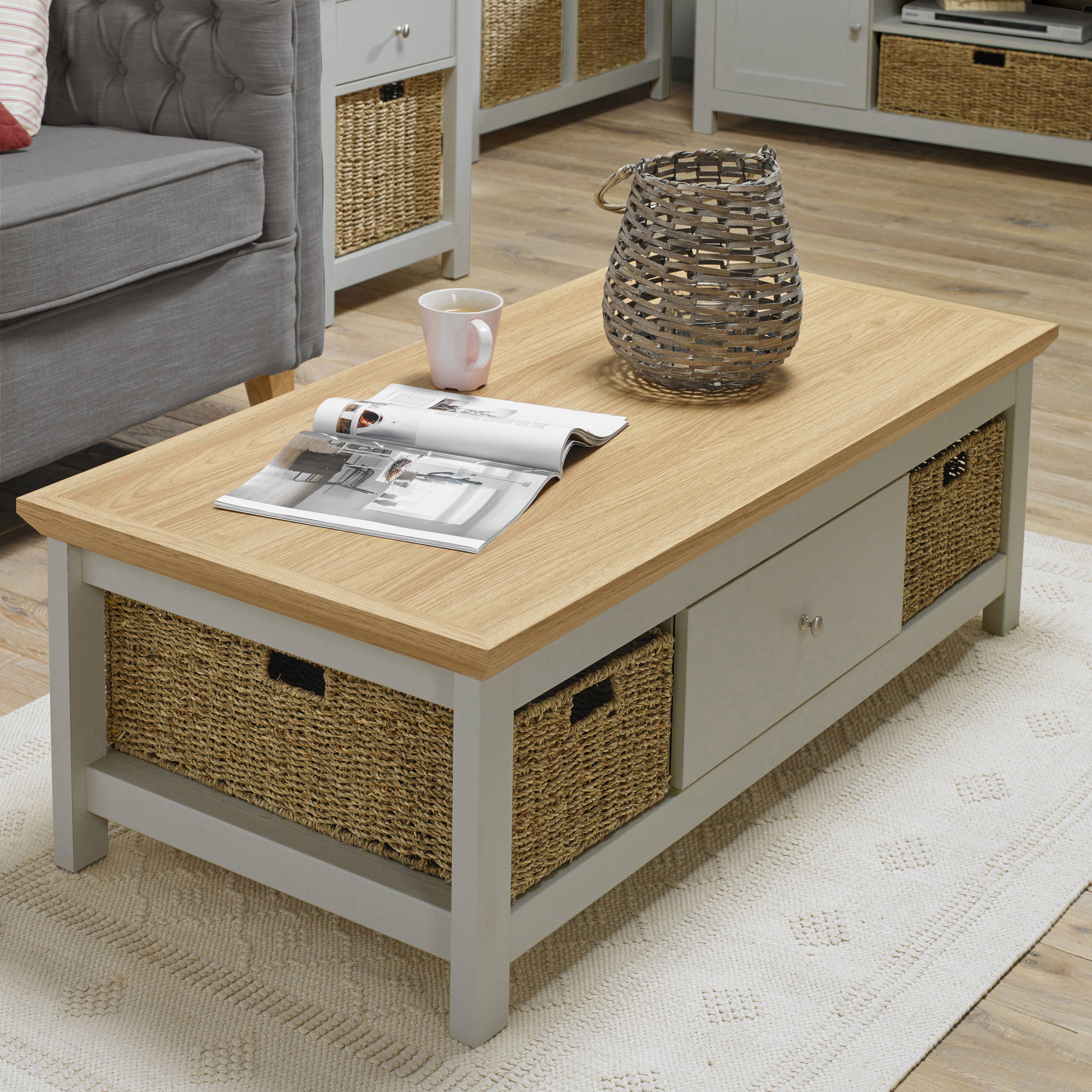 Broadwell Coffee Table in Grey - Ezzo