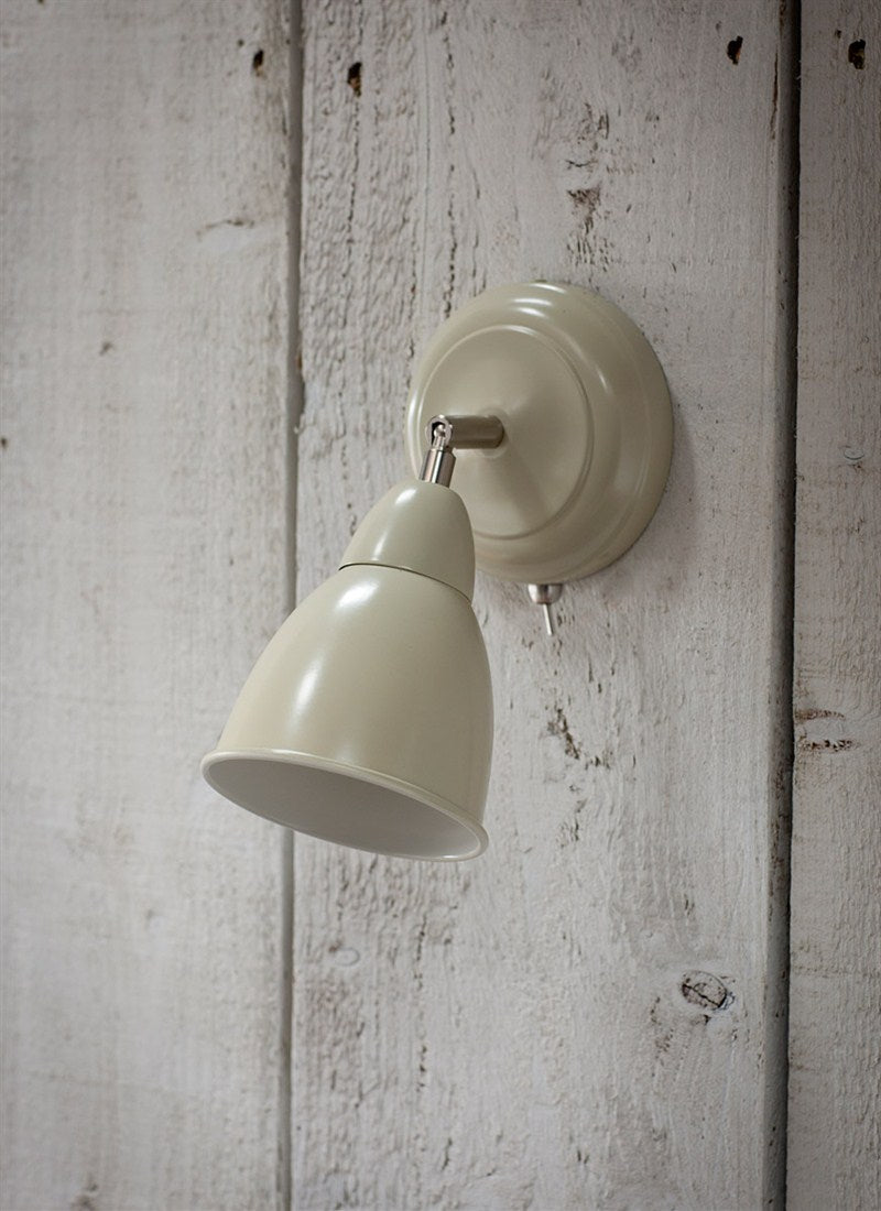 Chiswick Wall Light in Clay - Ezzo