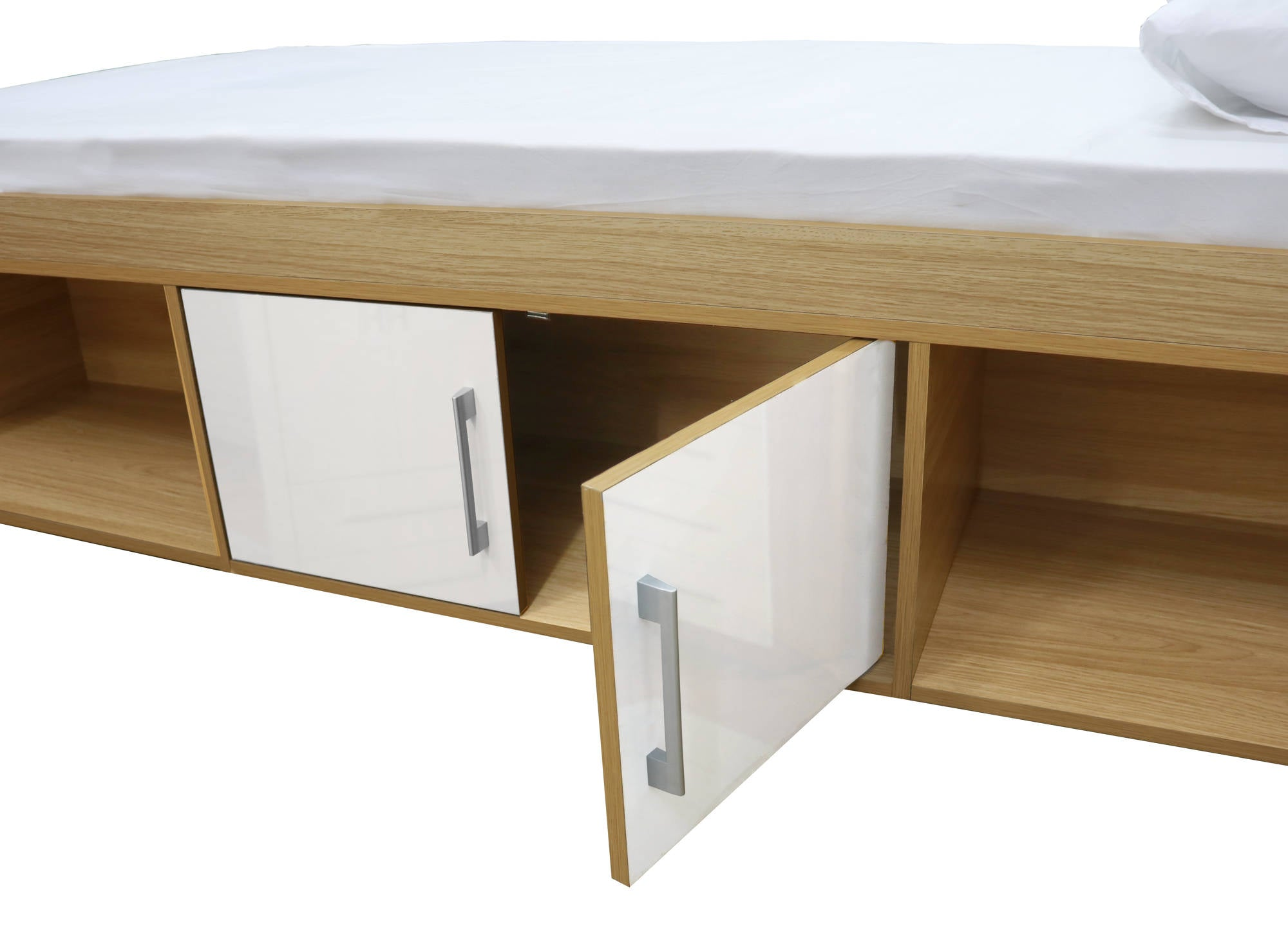 Franklin Cabin Bed in White - Ezzo