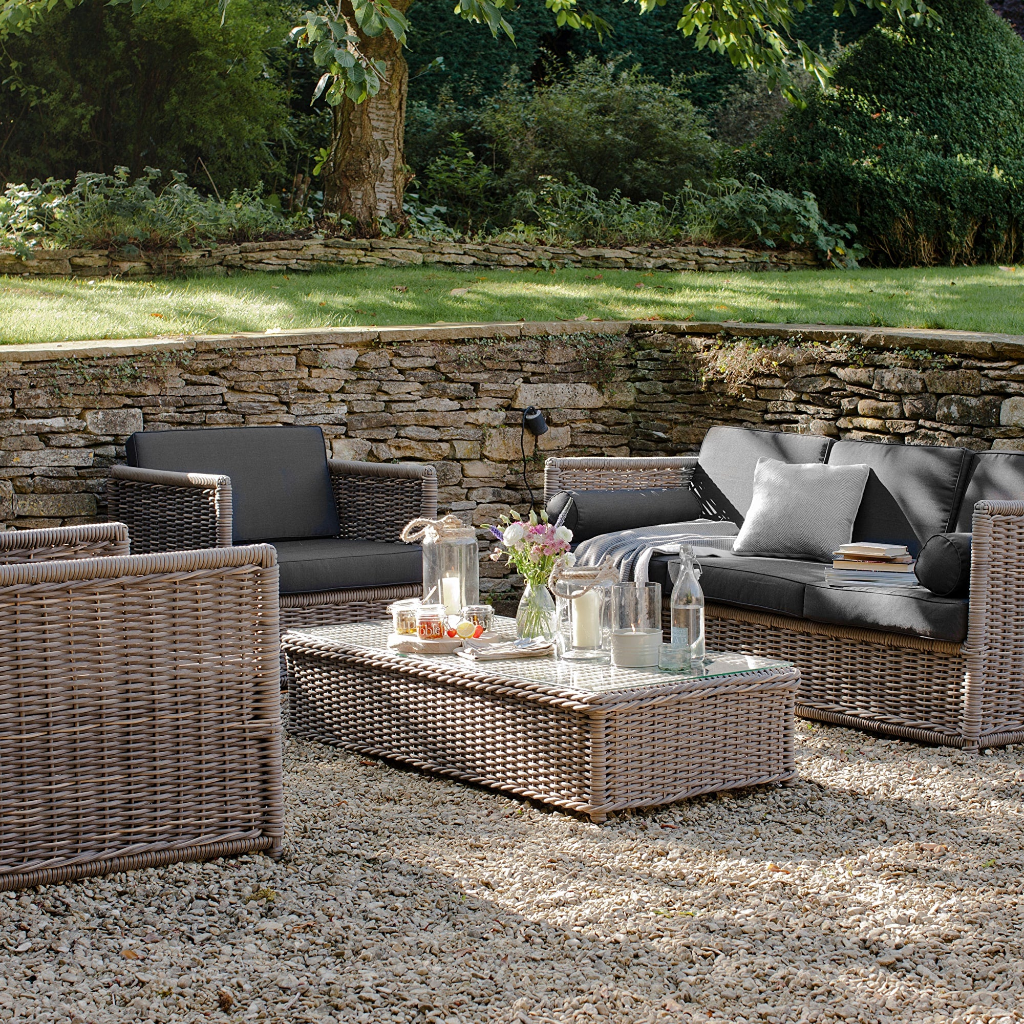 Hardingstone Rattan Sofa Set - Ezzo