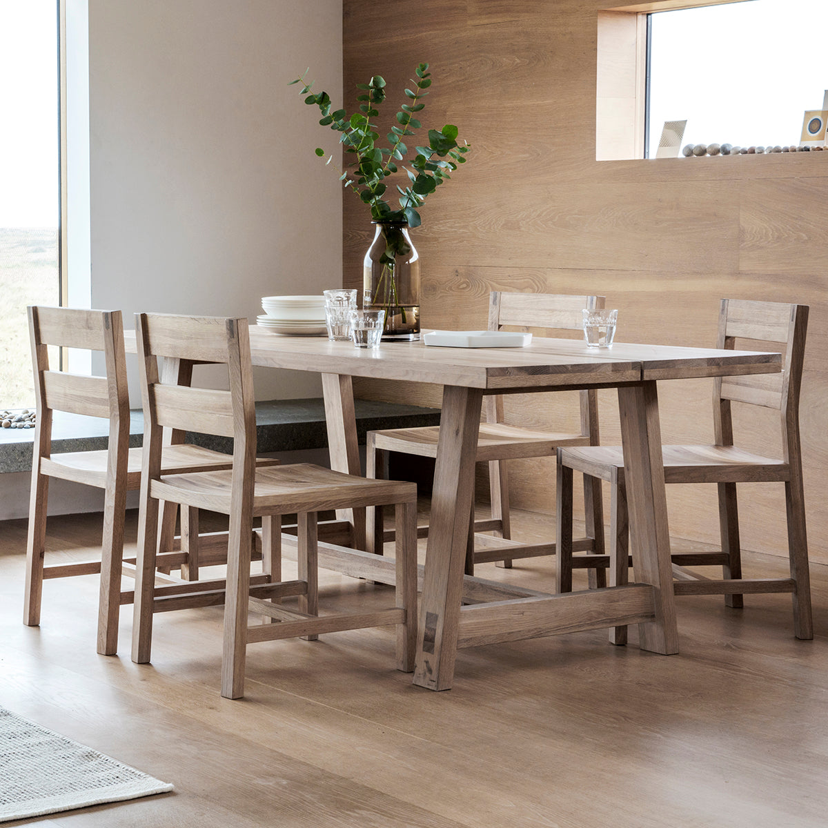 Hexham Small Dining Table - Ezzo