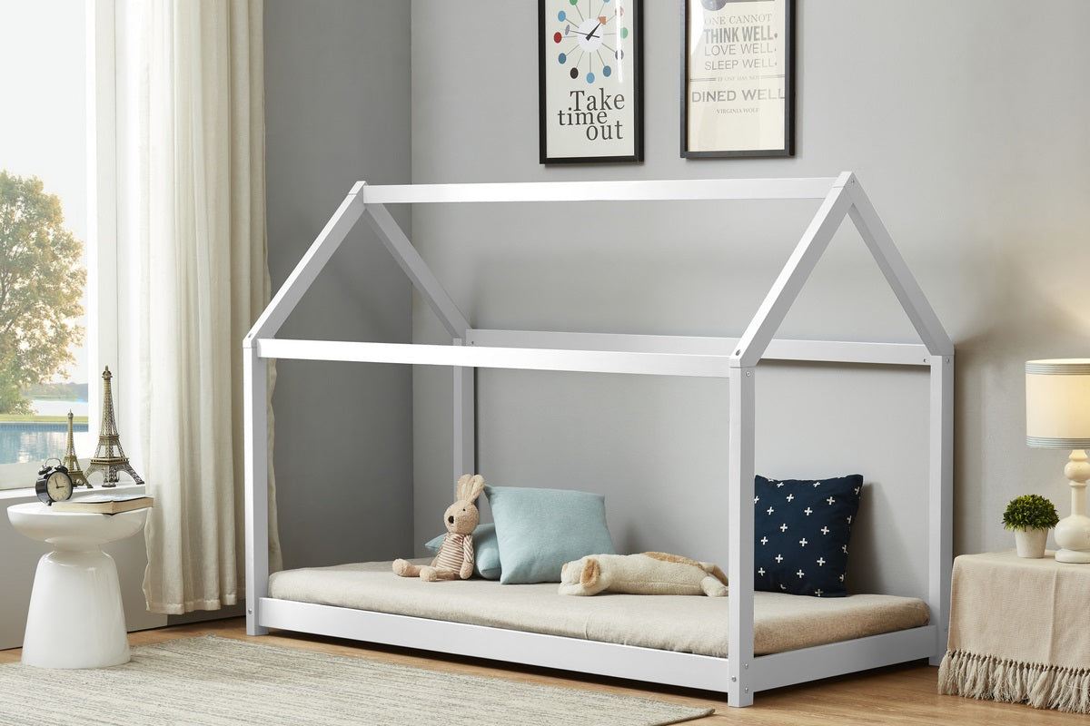 Casa Bed in White - Ezzo