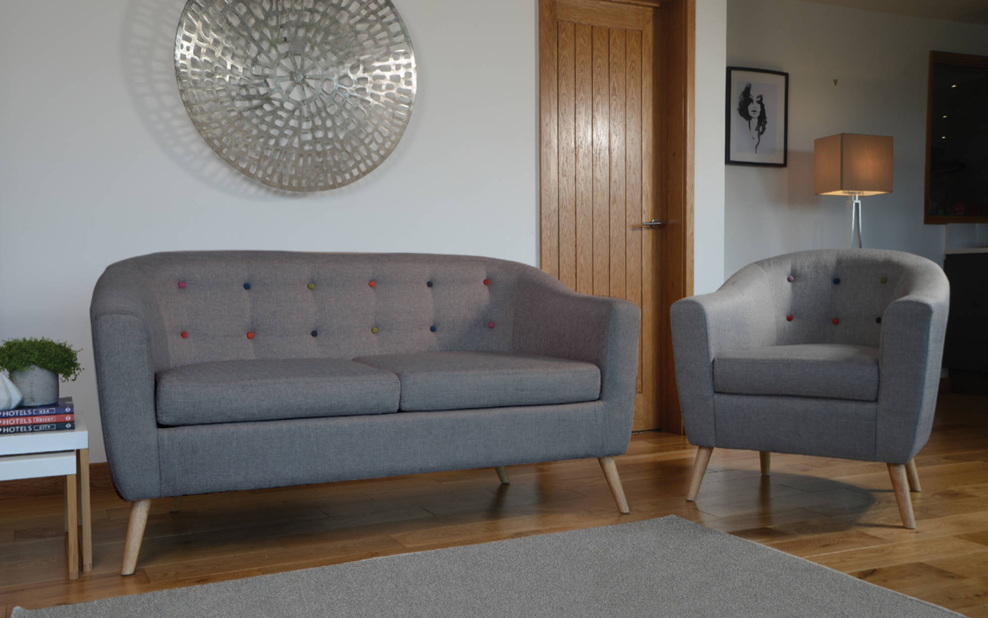 Newburgh Sofa in Grey - Ezzo