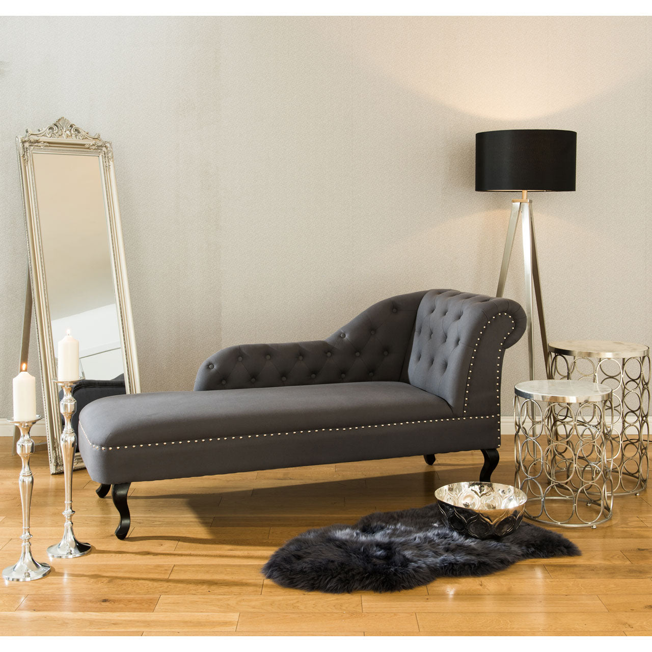 Regents Park Chaise Longue in Grey