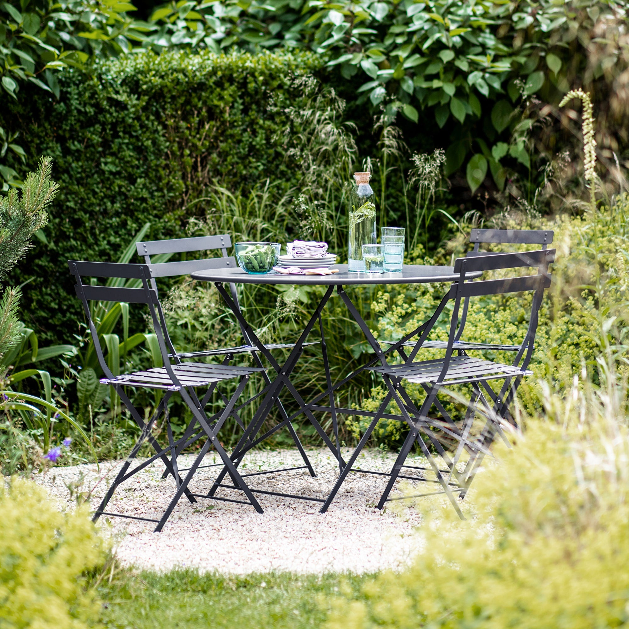 Seine Bistro Set in Carbon - Ezzo