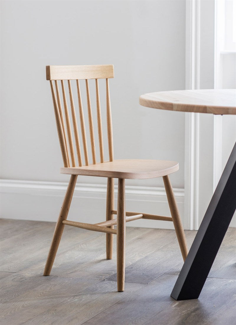 Broche Back Chair in Oak - Ezzo
