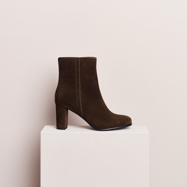 HEELED ANKLE BOOT - OLIVE