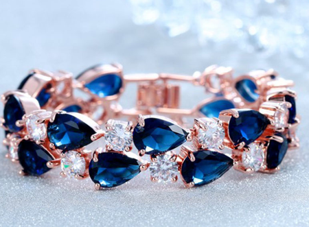 Rose gold plated zircon bracelet luxury wear!