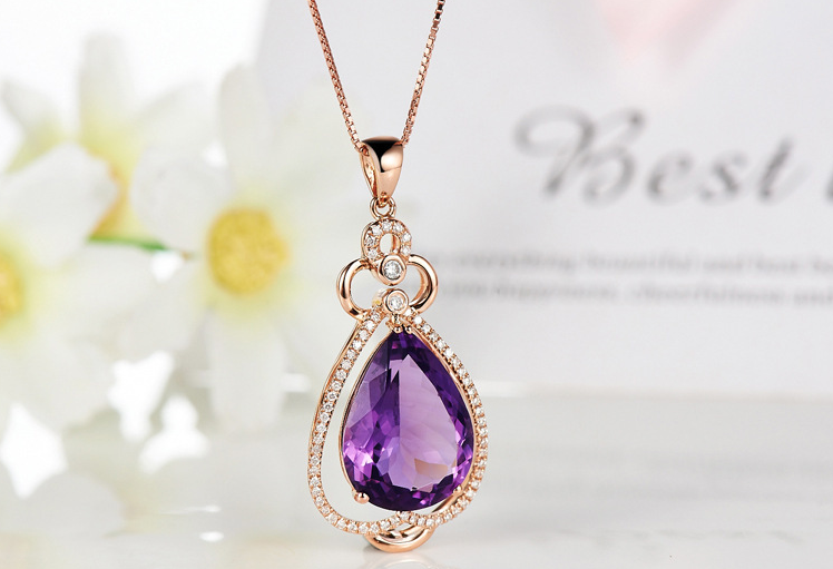 QUALITY LUXURY WEAR ZIRCON PENDANT CHAIN NECKLACE
