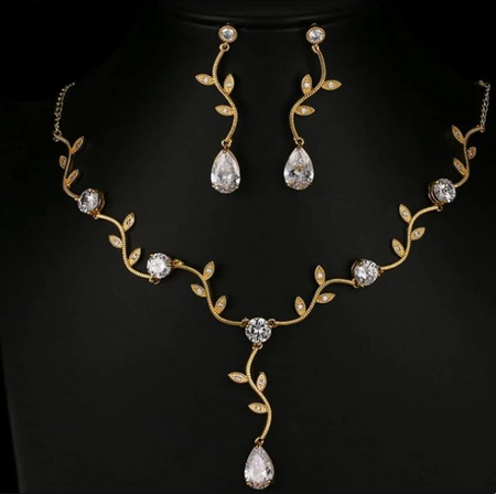 ZIRCON STONES HIGHLY FINISHED GOLD PLATED LEAF PATTERN LUXURY JEWELRY SET