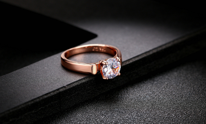 ROSE GOLD RING EXCLUSIVE WEAR