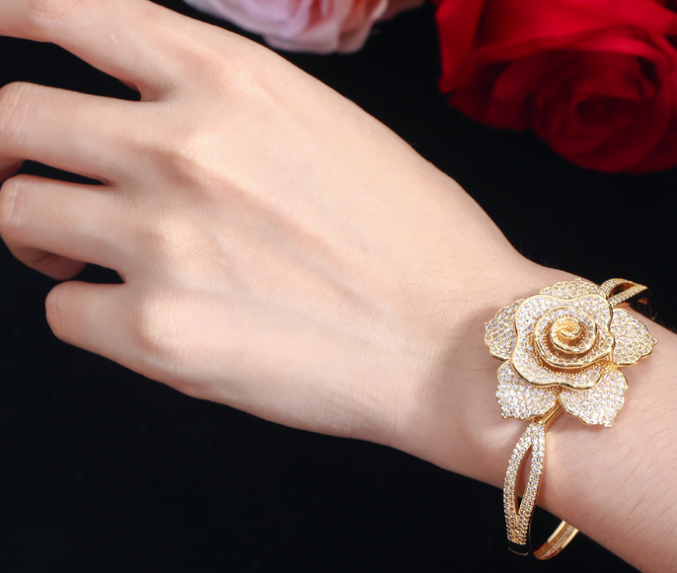 Lexception THE FLOWER Luxury Bangle