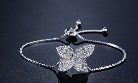 HIGH QUALITY RHODIUM PLATED BRACELET