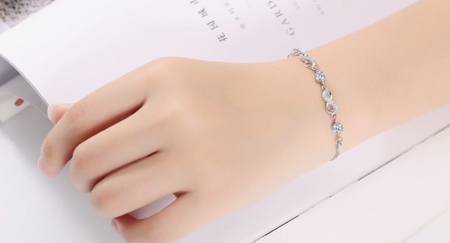 high quality platinum plated zircon bracelet!