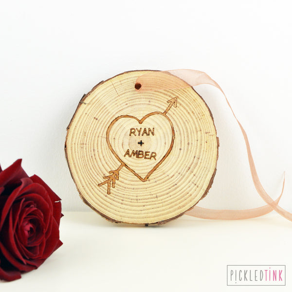 Hanging Wooden Couples Tree Carving