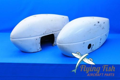Cessna Aircraft Wheel Pants Fairing Assembly Pair Late Model LH RH (18663)