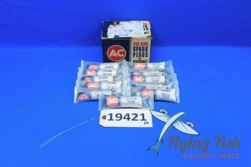 AC Fire Ring Spark Plugs HS88 Box of 11 New Old Stock (19421)