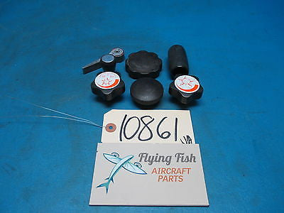 Aircraft Knob Lot Cessna Piper Beechcraft (10861)