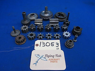 Aircraft Engine Gears Lycoming Continental Cessna Piper Beechcraft Lot (13053)