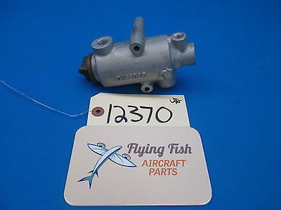 Aircraft Fluid Flow Restrictor P/N: 0811519 Cessna Piper Beechcraft (12370)