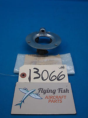 Beechcraft Control Yoke Hanger Assembly P/N: 35-524125 (13066)
