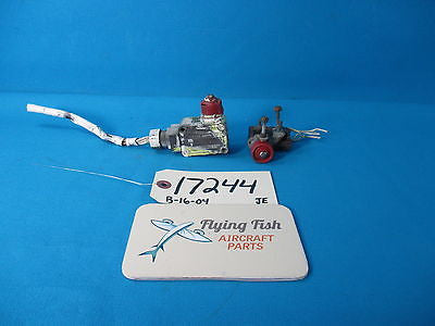 Cessna 310 D Nose Gear Micro Switch 2VB1 721899-269 & Micro Switch 8AS26 (17244)