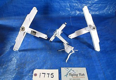 Cessna Flap Bellcrank Assembly LOT  P/N: 2622281-12, 0523535-1 (1775)