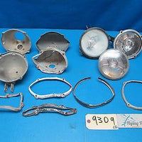 Lot of Various Aircraft Exterior Lights and Mounting Assemblies (9309)