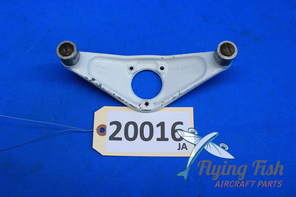 Piper Arrow Nose Wheel Steering Arm Assembly PN: 44386-03  (20016)