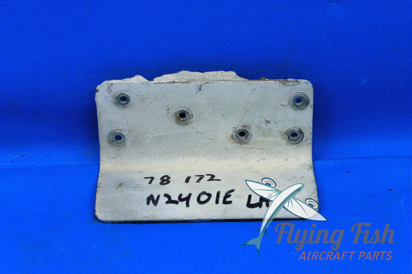 Cessna 172 Right Fuel Step P/N: 0513395-2 (20742)