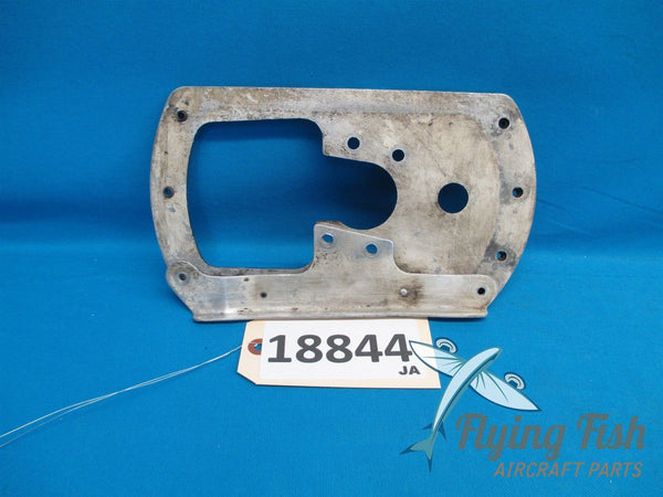 Cessna 172 Left Wheel Pant Fairing Mounting Plate Bracket 0541220-1 (18844)