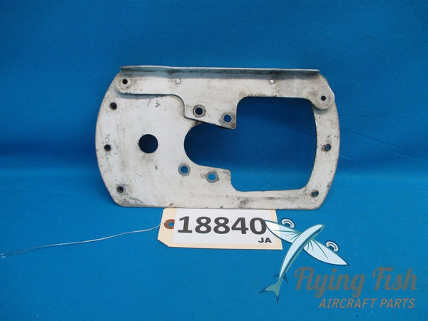 Cessna 172 Left Wheel Pant Fairing Mounting Plate Bracket 0541220-1 (18840)