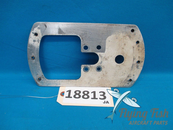 Cessna 152 Left Wheel Pant Fairing Mounting Plate Hardware PN 0441225-1 (18813)