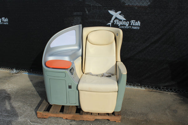 Boeing First Class Airline Seat for Mancave Bar Office 767 737 747 (23245)