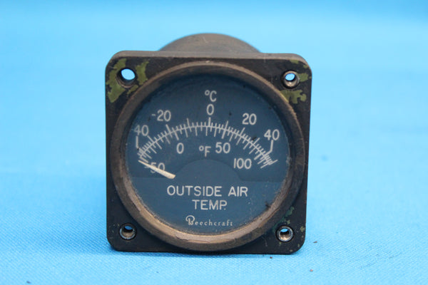 Cessna 402A Beechcraft Outside Air Temp. Indicator P/N: 22-29502-A (26036)