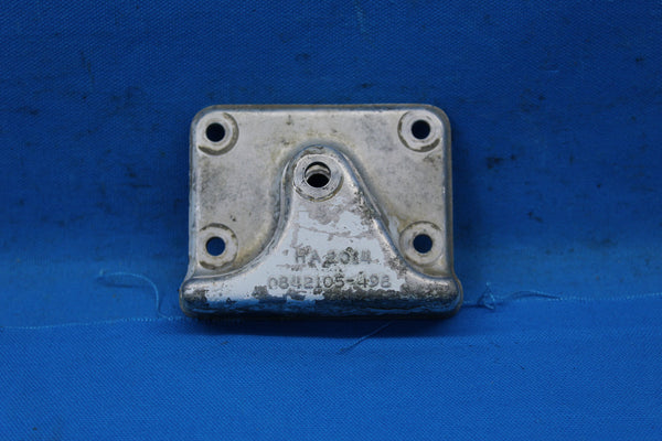 Cessna Truss Drag Brace Retainer Assembly P/N: 0842105-498 (25381)