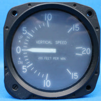 Cessna United Instruments Vertical Speed Indicator P/N: C661080-0101(22646)
