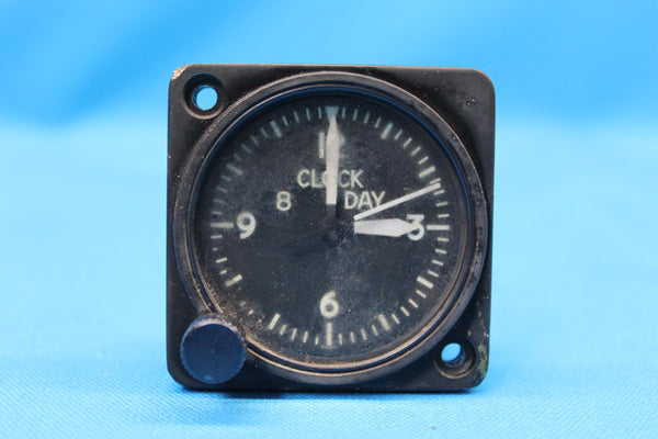 Cessna 402A Revue 8-Day Mechanical Clock P/N: 84-1120-10 (26057)