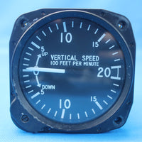 United Instruments Vertical Speed Indicator P/N: 7000 (27504)