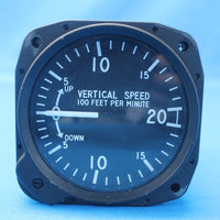 United Instruments Vertical Speed Indicator P/N: 7000 (27507)