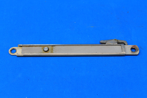 Cessna 414 Right Baggage Door Hold Open P/N: 5211185-1 (21527)