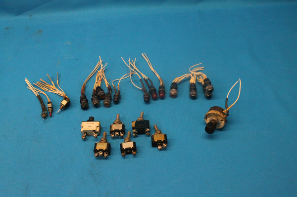 Lot of 22 Circuit Breaker Kit Switch, Post Lights, and Rheostat Aerostar 601P (26267)